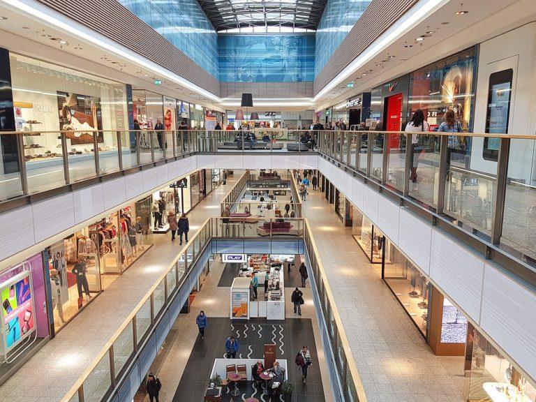 Czy kupowanie butów przez internet jest bezpieczną alternatywą?