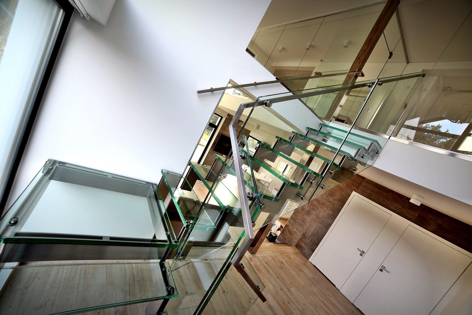 Na co zwrócić uwagę przy budowie schodów?