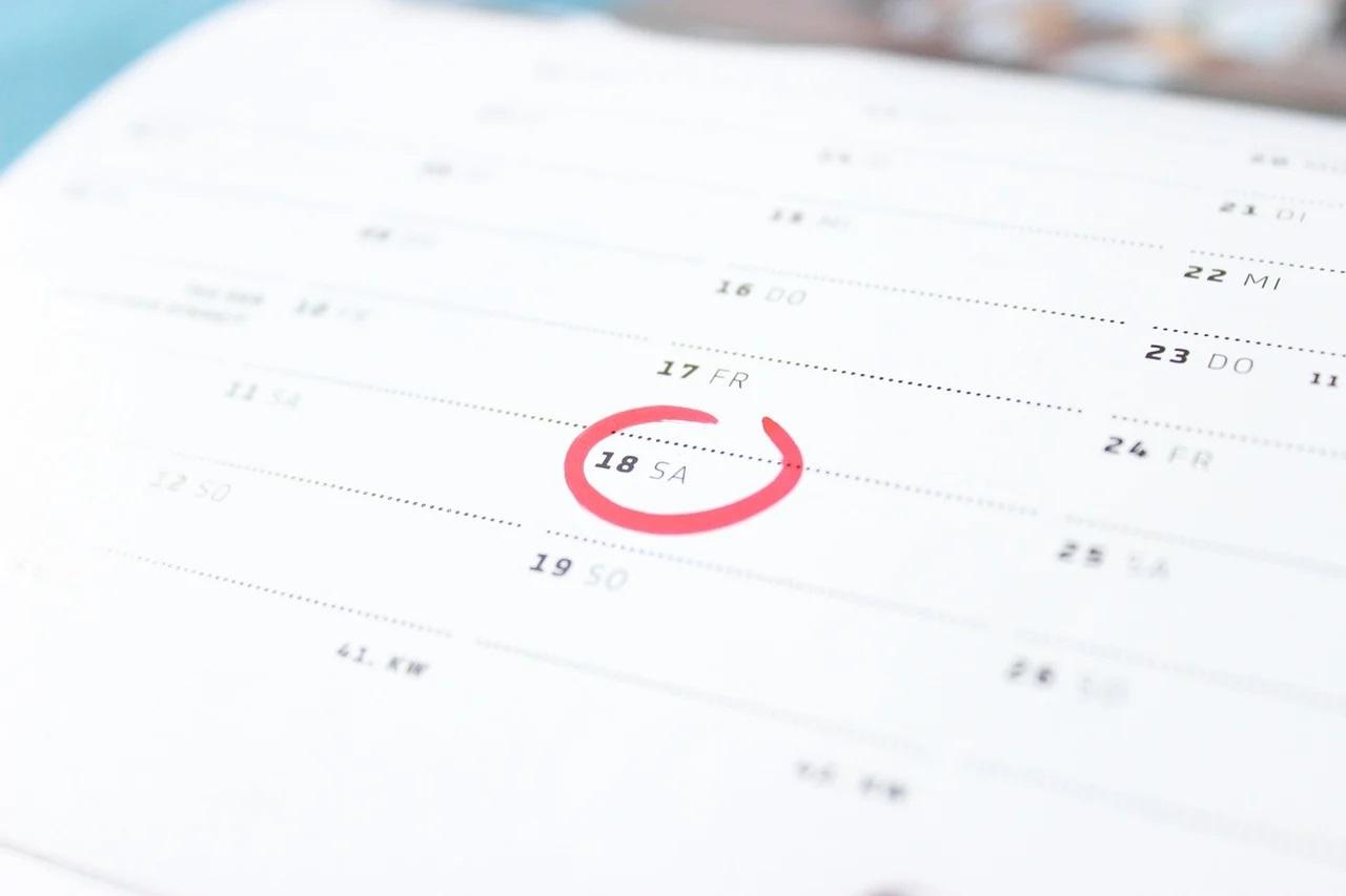 Rodzaje kalendarzy reklamowych i ich przeznaczenie