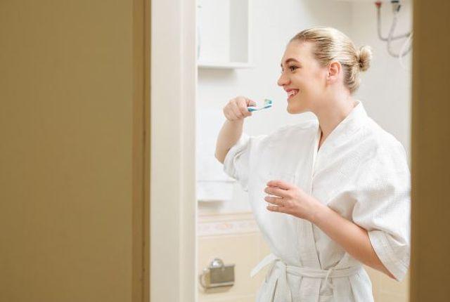 Higiena jamy ustnej to nie tylko mycie zębów