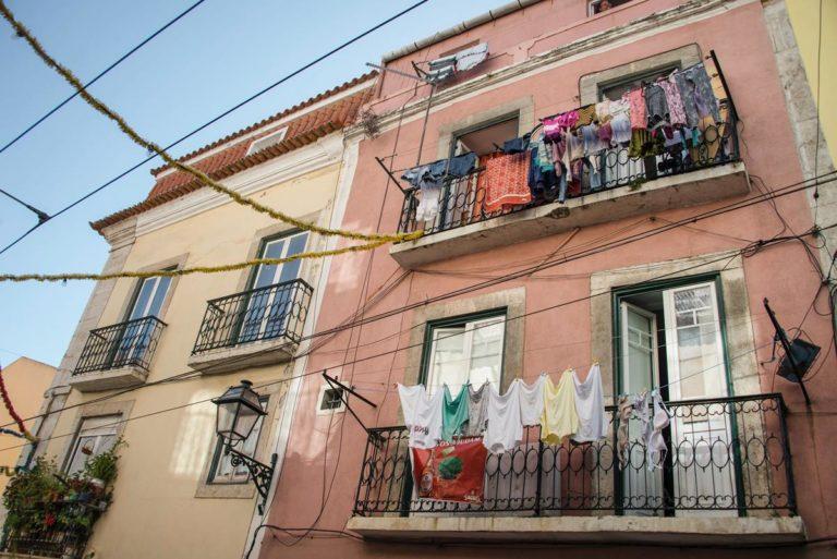 Jak można wykorzystać osłony balkonowe?