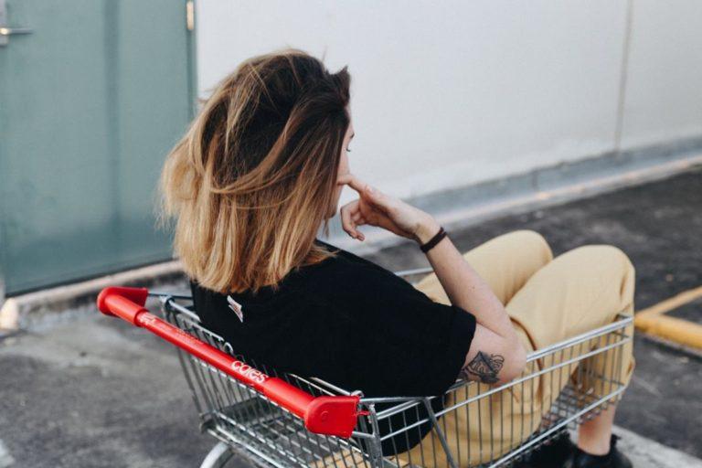 Wygodne i niedrogie zakupy w Biedronce