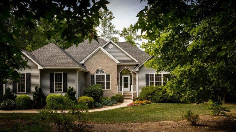 Imponujący zbiór najświeższych ofert mieszkań na sprzedaż